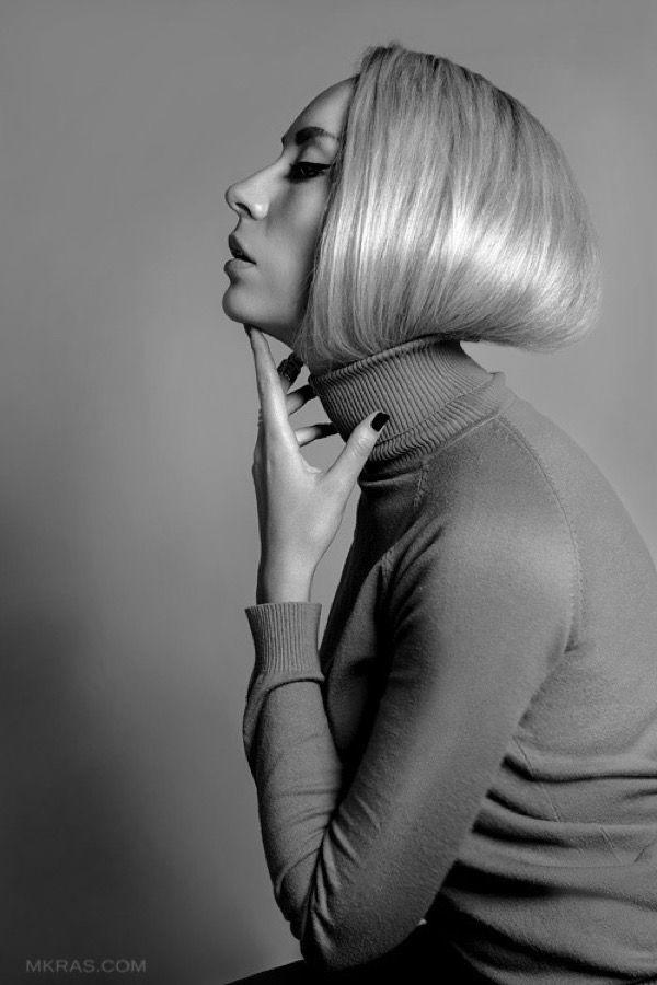 blondinka-seksualnie-i-krasivie-volosi-2015-89