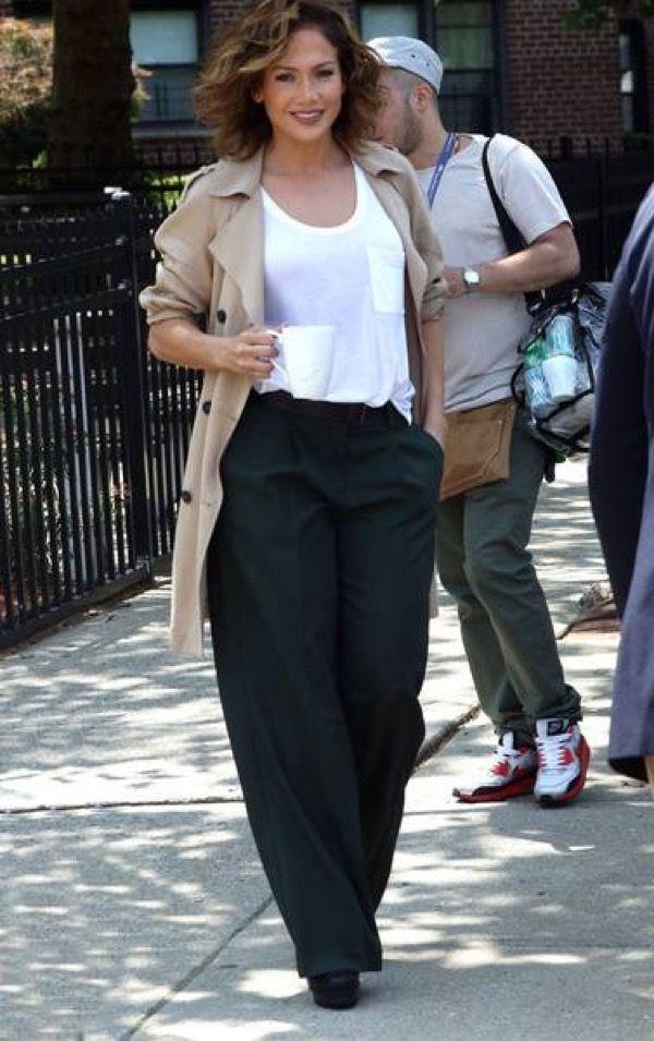 Jennifer Lopez on set, 070715