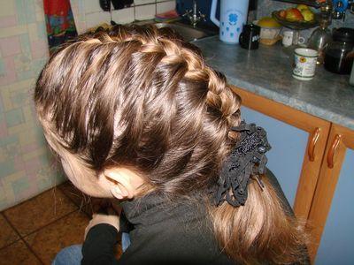 Как сделать детскую прическу коса колосок.