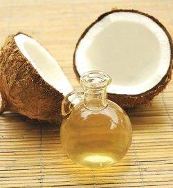 Кокосовое масло: быстрая и эффективная помощь вашим волосам