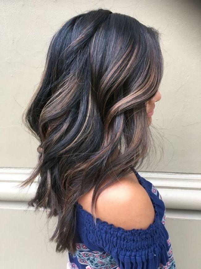 Мелирование на тёмные волосы: виды, техники и фото