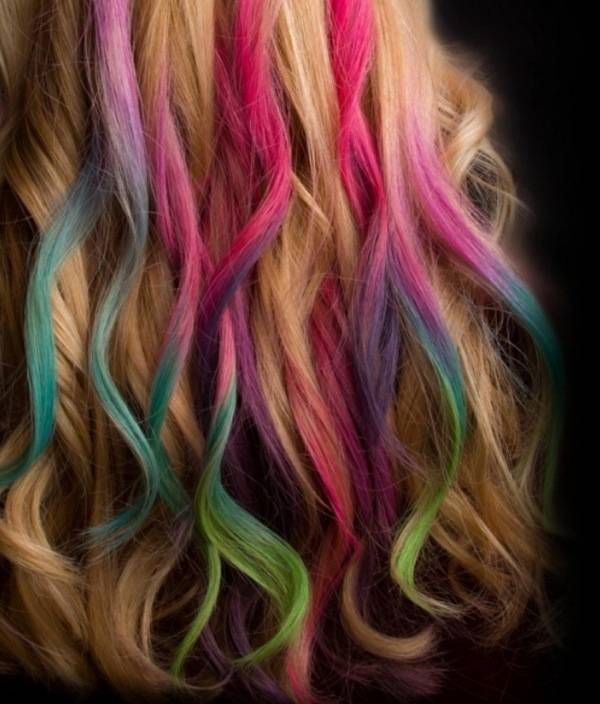 colored strands of hair18