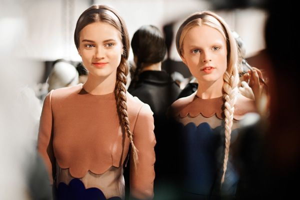 1valentino-fall-2013-braid-hairstyle