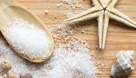 Применение морской соли для роста и от выпадения волос