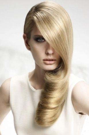 Простые вечерние прически на длинные волосы