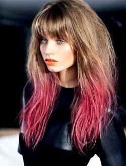Разноцветные кончики волос: красиво или по-детски?