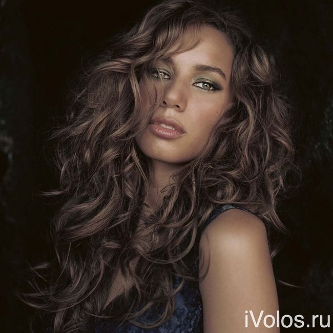 chokoladno-pepelniy-cvet-volos-Ash-Brown-Hair-Color