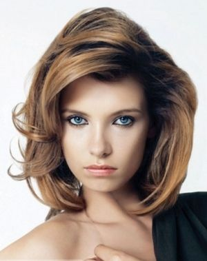 Создаем прикорневой объем волос