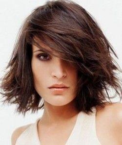 Стрижки на средние волосы - что выбрать?