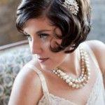 svadebnye_pricheski_na_kototkie_volosy_retro_3